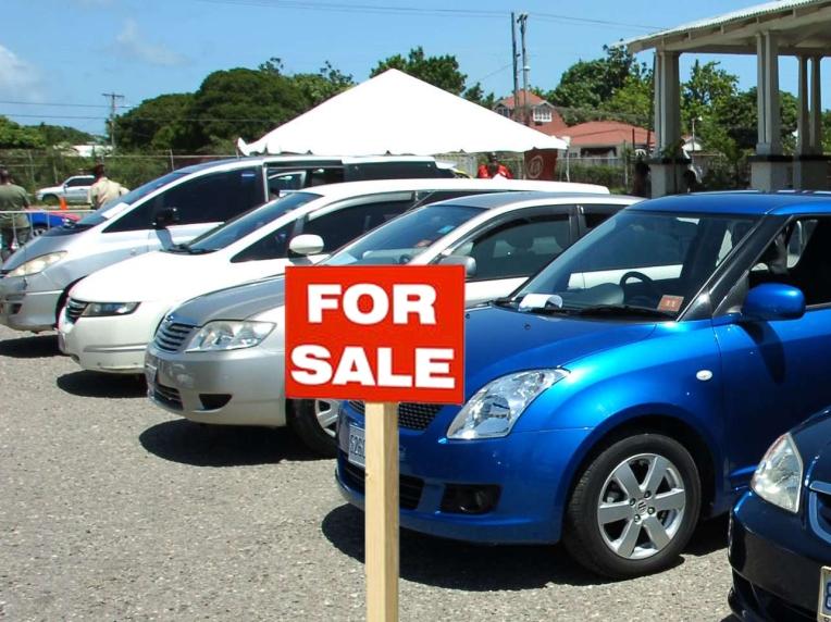 iklan jual mobil bekas 1
